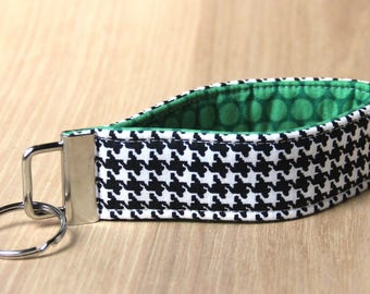 Key Fob Wristlet - Houndstooth and Green - Ready to Ship