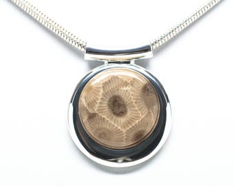 Fancy Petoskey Stone Silver Round Necklace - Chain Included