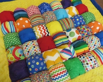 Bubble Quilt Puff quilt Large biscuit quilt ready to ship, Minky cotton and fleece, Ready Made, Gender Neutral, AMAZING BABY GIFT!