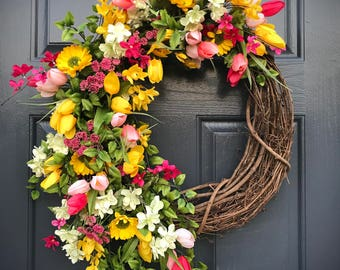 Spring Wreaths, Pink Yellow Wreaths, Spring Door Wreath, Gift for Her, Mother's Day Gift, Floral Wreaths, Spring Door Decor, Tulip Wreaths