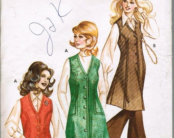 Kwik Sew 372 Copyright 1972 Ladies Jumper and Vest