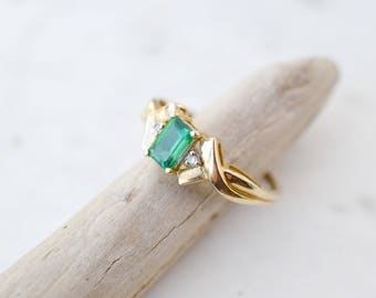 10k Yellow Gold Synthetic Emerald and Diamond Ring, Art Deco Emerald Ring, Art Deco Gold and Diamond Ring, Synthetic Emerald Ring