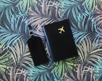 Passport cover, Valentine's gift, Passport wallet, passport holder, leather passport, Gift for him, gift for her, gold monogram, Travel set