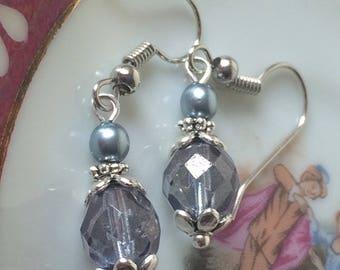 Blue glass earrings - Dainty silver earrings - Czech glass jewellery - Vintage style - Small earrings - Antique Silver - Birthday gift