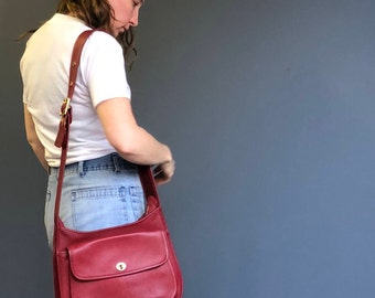 Rare Coach Red Taft Legacy Turnlock Leather Messenger Bag Purse 9980