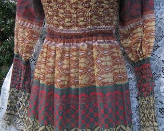 70s Medieval / Renaissance dress, vintage 1970s 70s rocker festival dress with elasticized form fit bodice