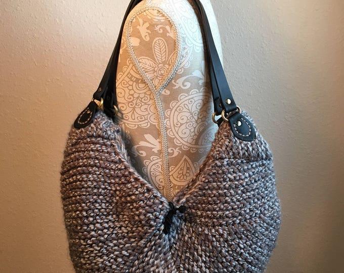 Featured listing image: Pebblebrook Bag - a loom knit pattern