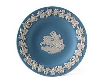 Wedgwood Blue Jasperware Tray | Wedgwood Aurora Grapevine Blue Jasper Round Tray, White Bas-Relief Pale Blue Jasper Tray / Plate / Dish