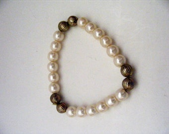 Vintage Faux Pearl and Gold Tone Bead  Stretch Bracelet