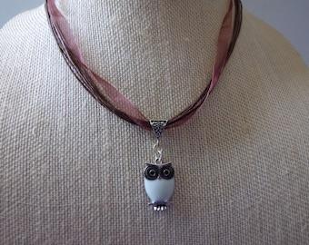 OWL RIBBON NECKLACE////Pendant Necklace//Owl//Necklace//Ribbon Necklace//Silver Jewelry//Whimsical Jewelry//Birds//Nature//Charm Necklace