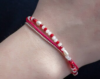 Bracelet in shades of Red create unique silver