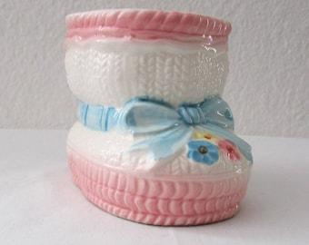 17-0601 Ceramic Nursery Planter / Pink Baby Booty Planter / Pink And Blue Nursery Decor / Baby Planter / Baby's Room / American Vintage