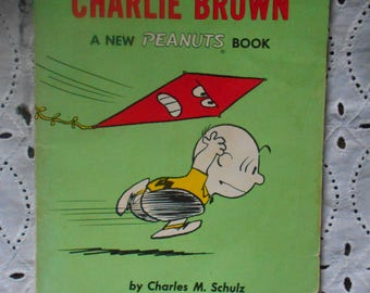 Go Fly A Kit Charlie Brown Paperback Not dated. Vintage Comic.