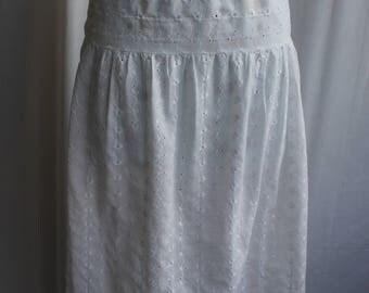 White lace slip REF705