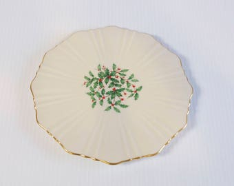 Vintage Lenox Holiday Trivet plate with Holly and Berries and gold leaf trim