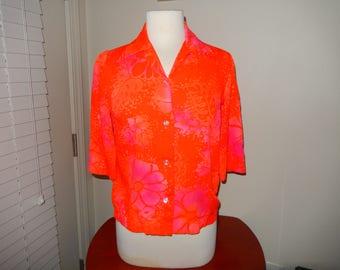 1970's Hawaiian Womans Shirt - Sizing Below