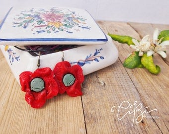 Light earrings with red poppies-ideal gift for a friend, gift for her, birthday gift for friends