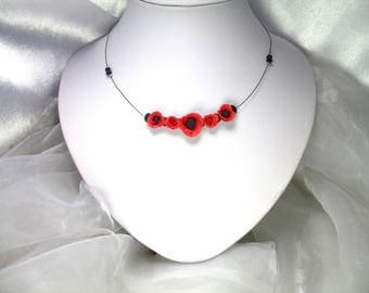 Necklace cable poppy red and black