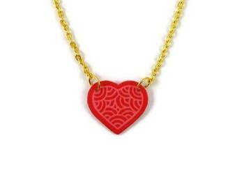 Collier coeur rose framboise aux volutes roses bonbon, collier romantique éco-responsable en plastique peint (CD recyclé), Saint Valentin
