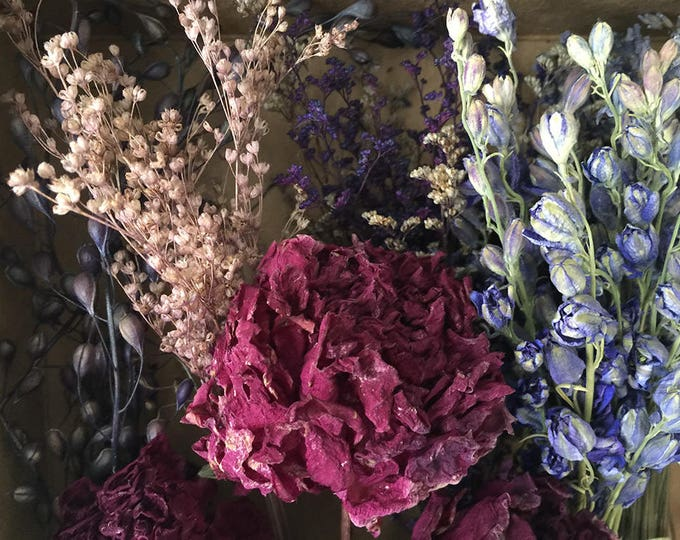 Bloomery Blend No. 0019: Mini Natural Flower Bunches & Peony Flower Heads /  Burgundy - Purple