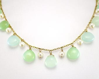 Jade and Pearl Dangle Necklace