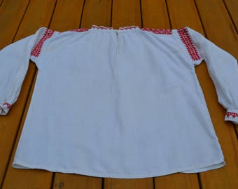 Woman's blouse from the district of Latgale in Latvia