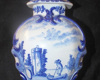 """Antique Dutch Delft Blue & White Hand Painted Scenic Lidded Vase Jar Urn 13.5"""" Signed Chinoiserie Decor"""