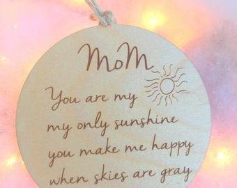 Mom Ornament, Christmas Tree Ornament for Mom, Ornaments, Tree Ornaments, Mom Gift, Gift for Mom