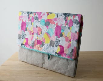 "Fold over clutch in ""Kapow"" print by Laura Blythman with washable paper bottom - Large size // Clutch bag // Vegan leather // Zipper pouch"