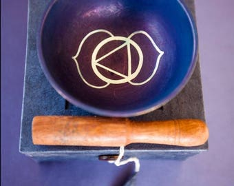 Tibetan Singing Bowl/ Third Eye Singing Bowl/ Crystal Singing Bowl/ Meditation Singing Bowl/ Chakra Bowl/ Unique Gift/ Christmas Gift