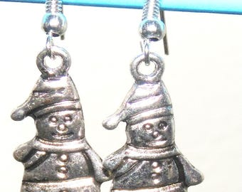 Snow snowman earrings