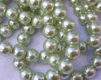 100 Pearl 8 mm beautiful seagreen glass beads