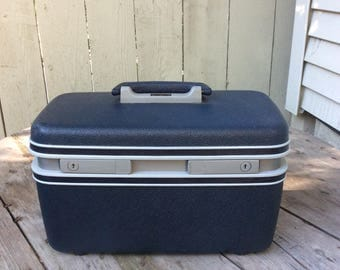Vintage 1970s Samsonite Train Case Midnight Blue