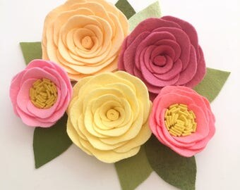 ROSES // Loose Felt Flowers // Unattached Felt Flowers // DIY Flowers // Flower Embellishments // Set of 5 // You Pick Custom Colors