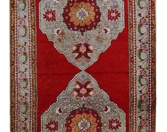 Handmade vintage prayer Turkish Konya rug 2' x 3' ( 62cm x 92cm) 1970s