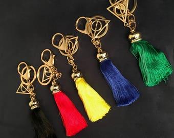 Harry Potter Inspired Metal Horocrux Keyring / Keychain with Tassel - Hogwarts Gryffindor Hufflepuff Ravenclaw Slytherin