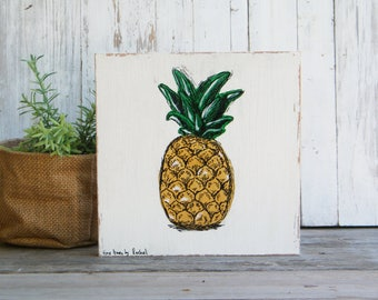 Pineapple Print, Tropical Wall Art, Dorm Decor, Hipster room decor, Bedroom Decor, Office Decor, Nature Art, Golden pineapple, Christmas