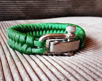 Paracord bracelet electric green