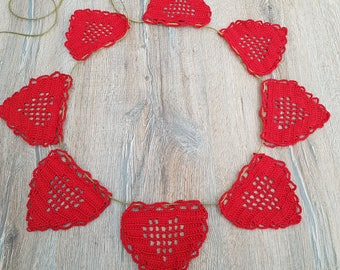 Crochet red hearts garland/Valentines garland/large cotton hearts/photo prop