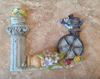 Resin decor plaque