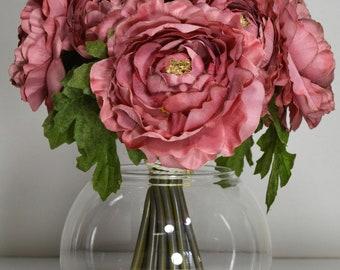 "11"" Ranunculus with Glass Vase Silk Arrangement"