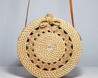 Classic pattern round basket bag, woven design round bag, round Ata shoulder bag