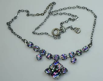 "Art Deco Necklace w/Iris Glass Stones—15-1/2"" Long"