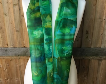 Green multicoloured long silk - squares