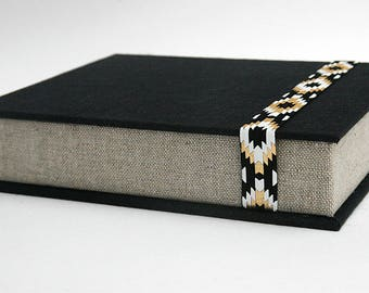 Box for Photos 4x6 in - Handmade of imported book cloth| Photo Storage | Presentation Box | Keepsake | Photo Album