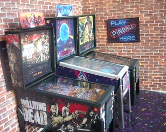 THE WALKING DEAD ~  Miniature Pinball Table Model 1/12 Scale LeD Light Up
