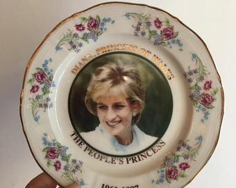 On Sale Rare Vintage 90's Princess of Wales commemorative plate. The Peoples Princess. 1967 - 1997. Lady Diana plate. DIANA. Royal memorabil
