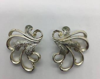 Additional 10 Dollar Coupon Inside Vontage goldtone clipon earrings