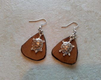 Handmade Leather Earrings with turtle