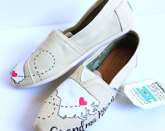 Custom connecting states toms shoes - home away from home - handpainted toms - grandma gift - traveler - gift for her - new home gift -